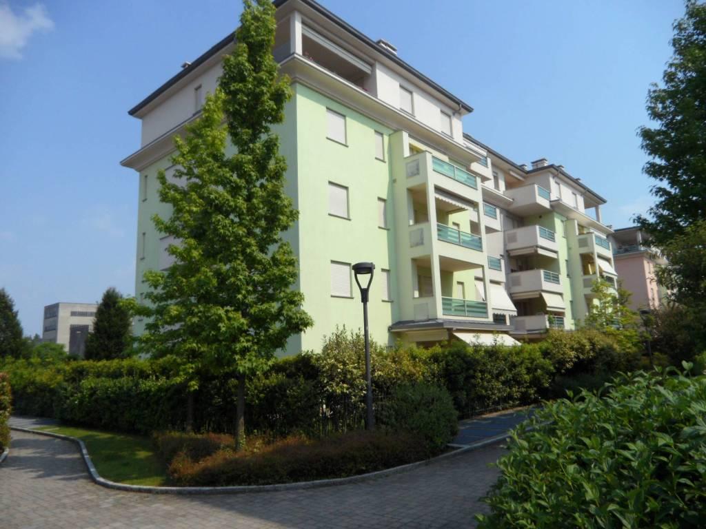 Appartamento in vendita a Seriate, 3 locali, prezzo € 165.000 | CambioCasa.it