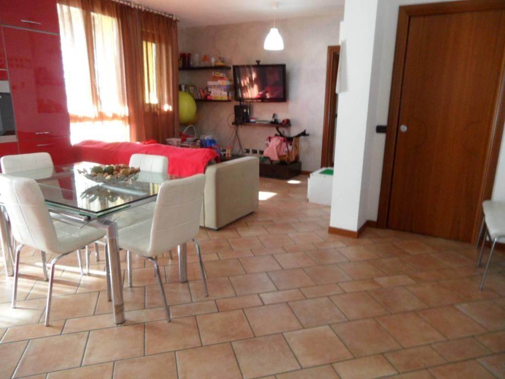 Appartamento in vendita a Torre de' Roveri, 3 locali, prezzo € 170.000 | CambioCasa.it
