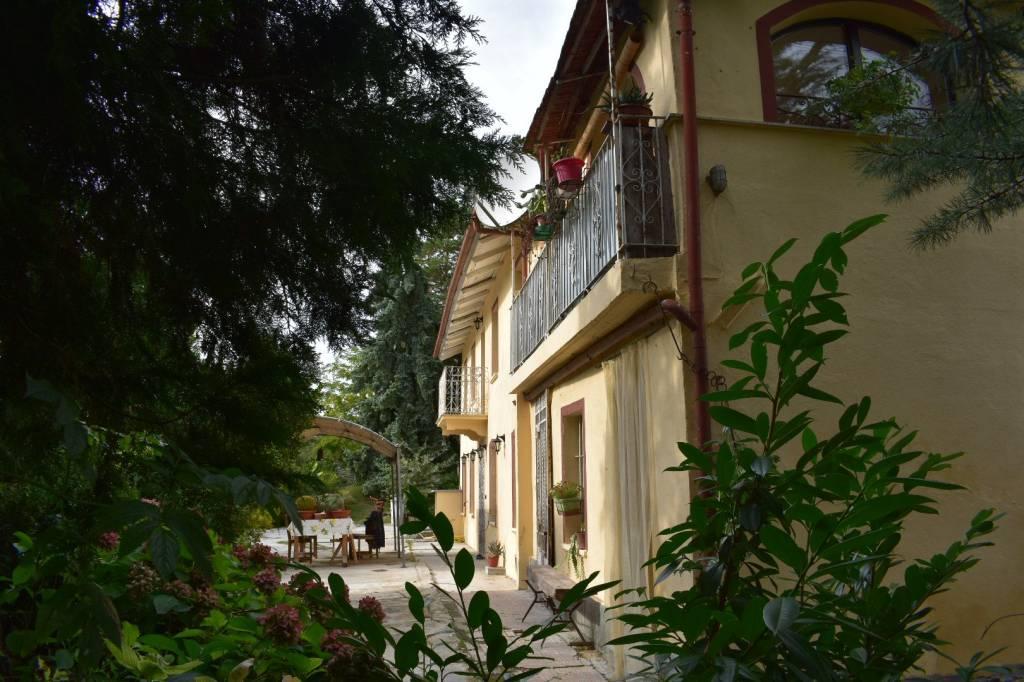 Rustico / Casale in vendita a Rocca d'Arazzo, 5 locali, prezzo € 169.000 | PortaleAgenzieImmobiliari.it