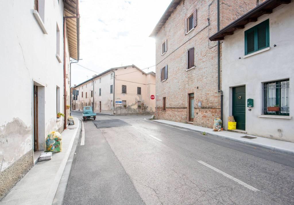 Appartamento in vendita a Leno, 3 locali, prezzo € 55.000 | PortaleAgenzieImmobiliari.it