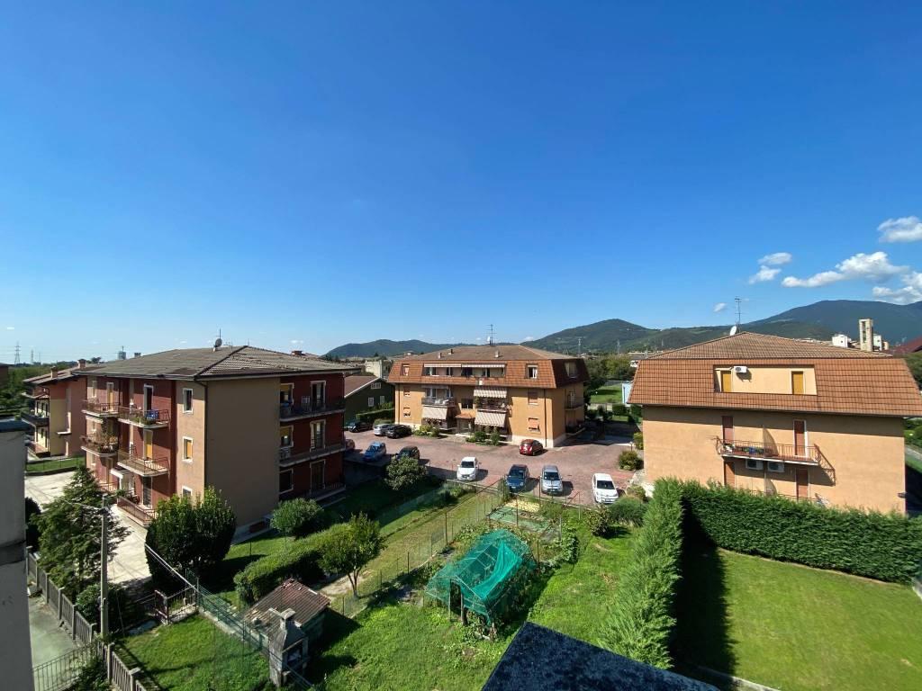 Attico / Mansarda in vendita a Bovezzo, 2 locali, prezzo € 105.000 | PortaleAgenzieImmobiliari.it
