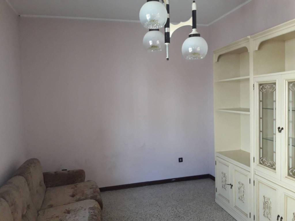 Appartamento in vendita a Longare, 4 locali, prezzo € 49.000 | CambioCasa.it