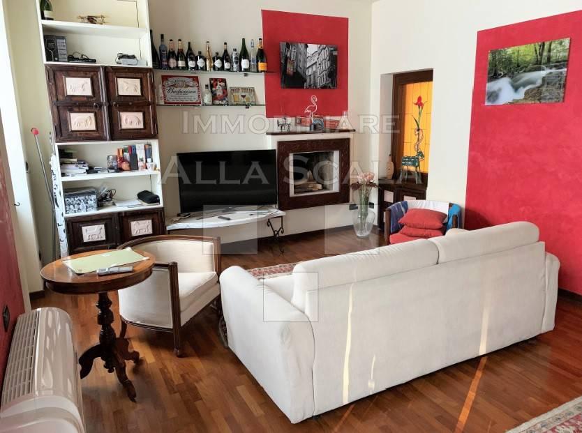 Appartamento in affitto a Milano, 2 locali, zona Zona: 1 . Centro Storico, Duomo, Brera, Cadorna, Cattolica, prezzo € 1.600 | CambioCasa.it