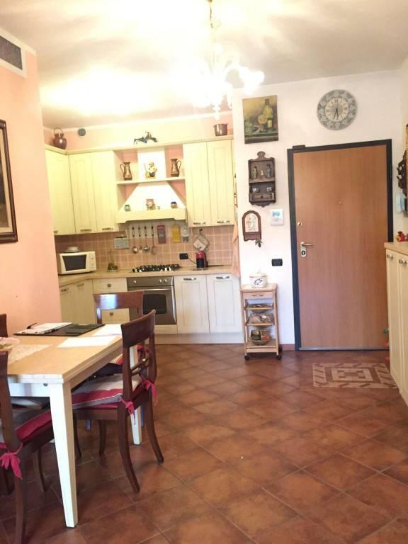 Appartamento in vendita a Malnate, 2 locali, prezzo € 125.000 | CambioCasa.it