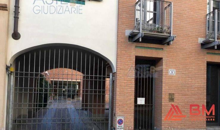 Foto 1 di Appartamento via Generale Govone 16, Alba