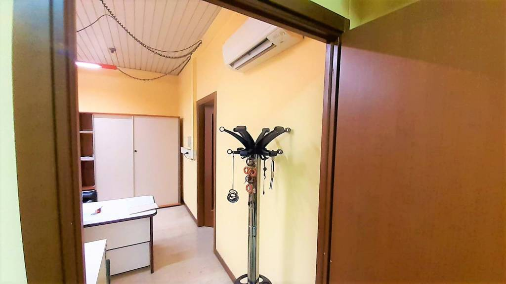 Ufficio / Studio in vendita a Trescore Balneario, 2 locali, prezzo € 49.000 | PortaleAgenzieImmobiliari.it