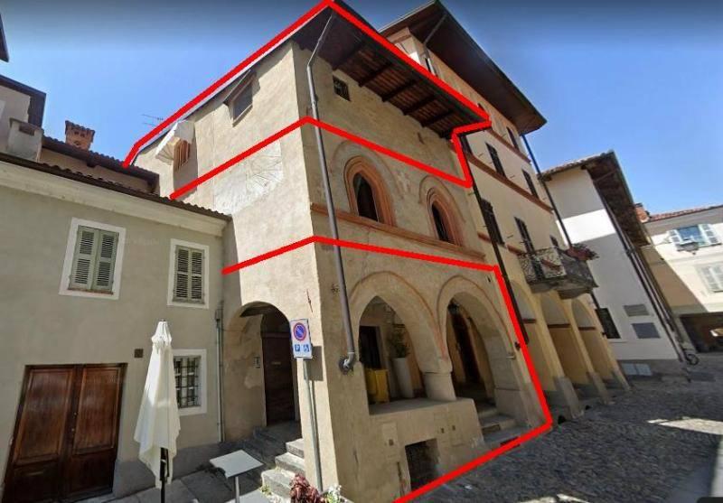 Stabile / Palazzo in buone condizioni in vendita Rif. 8895337