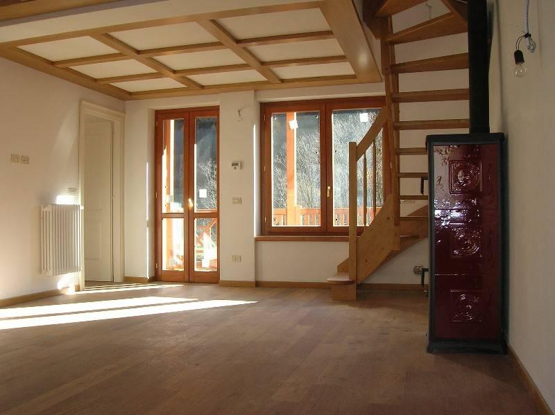 Appartamento in vendita a Ponte di Legno, 5 locali, prezzo € 369.000 | PortaleAgenzieImmobiliari.it