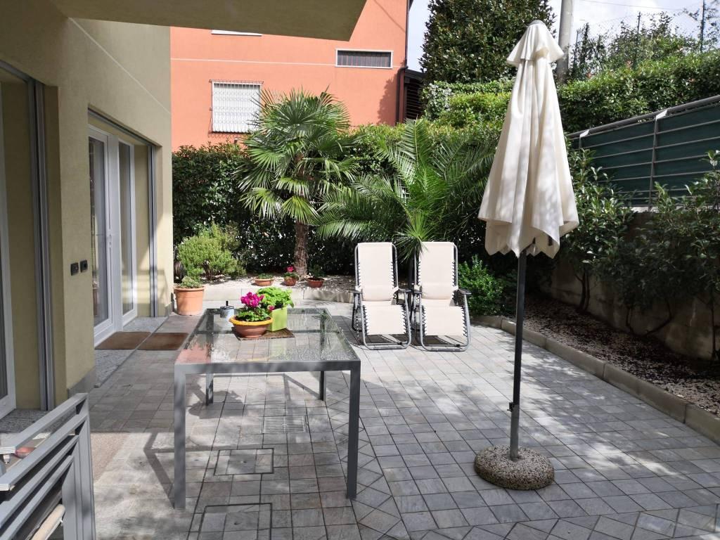 Appartamento in vendita a Como, 4 locali, prezzo € 300.000 | CambioCasa.it