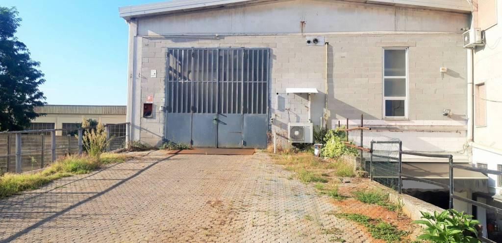 Capannone in affitto a Arsago Seprio, 2 locali, prezzo € 3.750   PortaleAgenzieImmobiliari.it