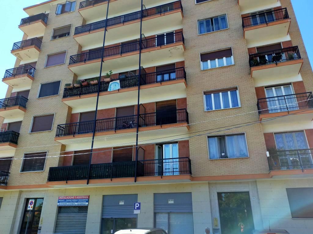 Negozio / Locale in vendita a Pianezza, 3 locali, prezzo € 68.000 | PortaleAgenzieImmobiliari.it