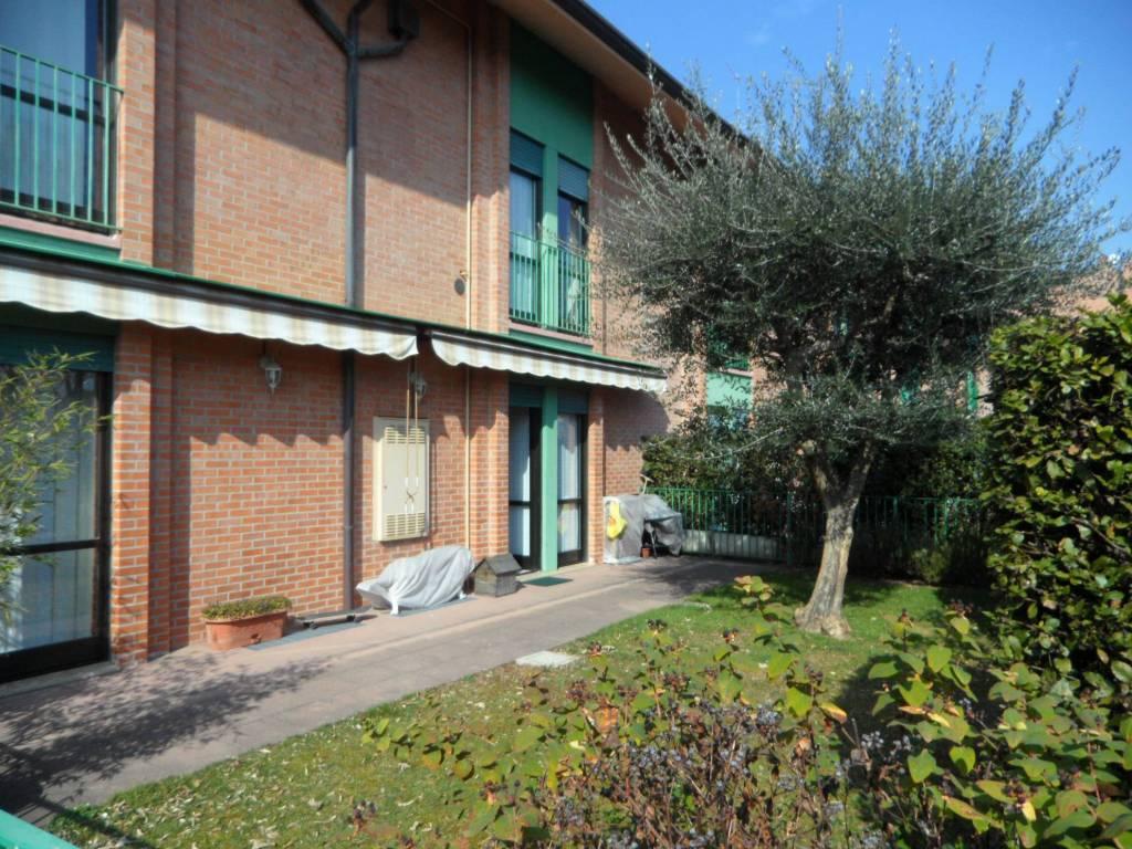 Appartamento in vendita a Seriate, 3 locali, prezzo € 168.000 | CambioCasa.it