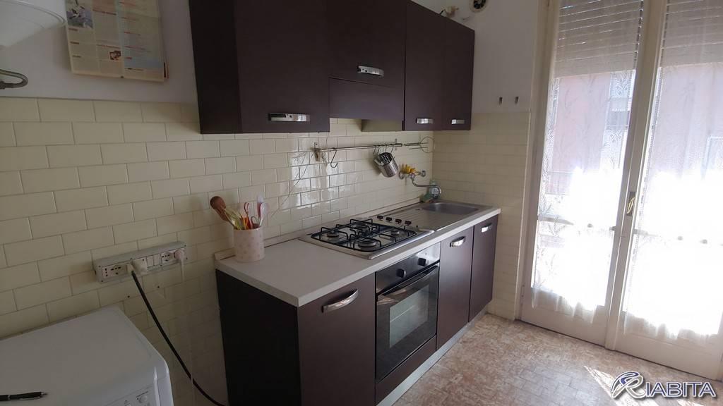 Appartamento in Affitto a Piacenza Centro: 3 locali, 75 mq