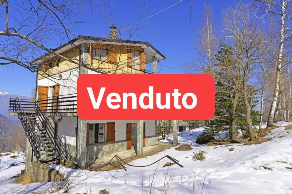 Foto 1 di Villa via Rucas, Bagnolo Piemonte
