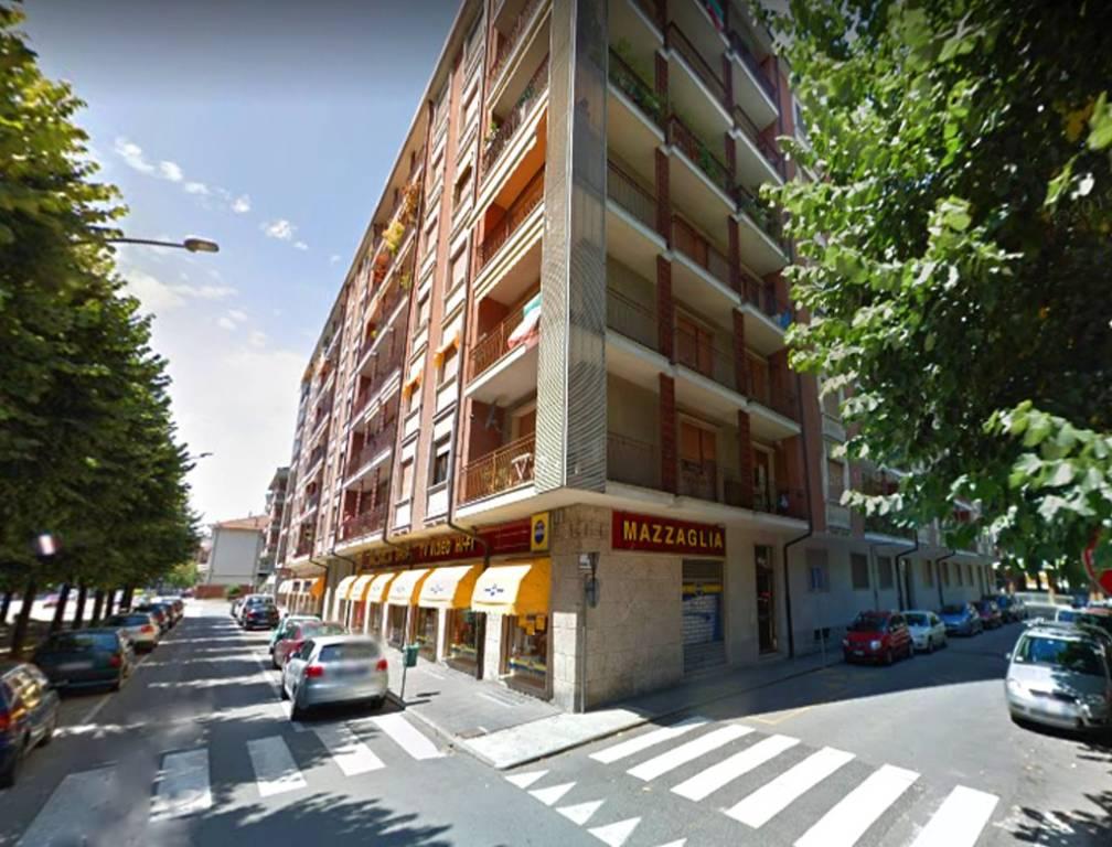 Negozio / Locale in vendita a Chivasso, 5 locali, prezzo € 156.000 | PortaleAgenzieImmobiliari.it