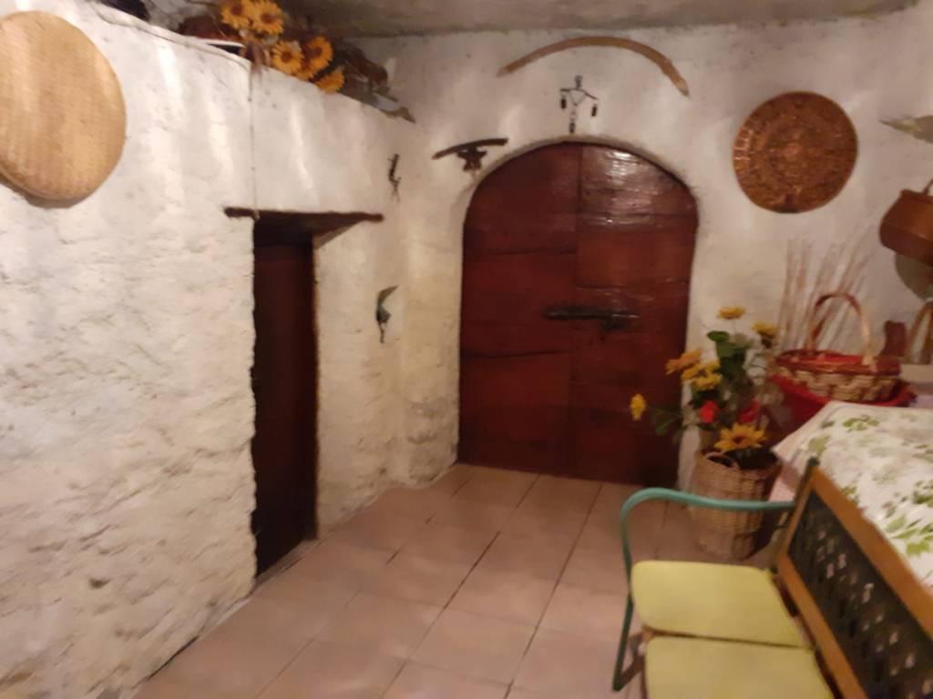 Rustico / Casale in vendita a Morbegno, 4 locali, prezzo € 110.000 | PortaleAgenzieImmobiliari.it