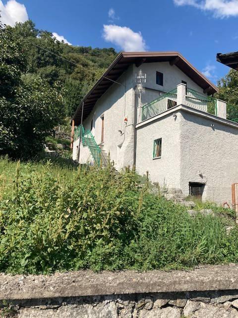 Rustico / Casale in vendita a Morbegno, 4 locali, prezzo € 80.000 | CambioCasa.it