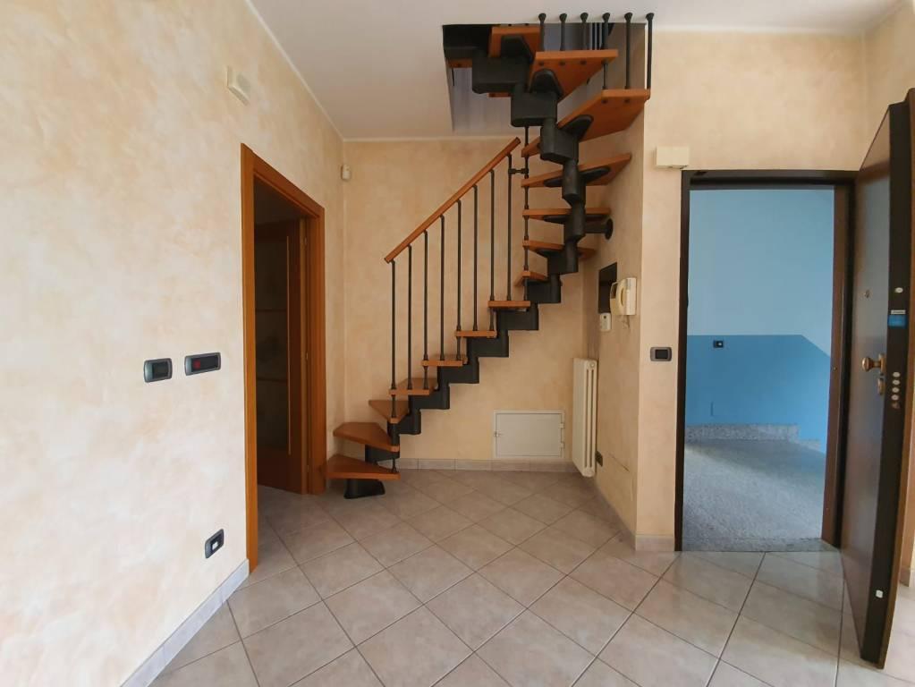 Appartamento in vendita a Pianezza, 4 locali, prezzo € 220.000 | CambioCasa.it