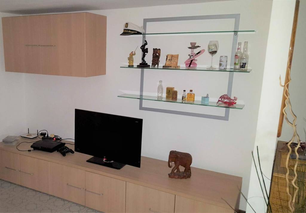 Appartamento arredato in affitto Rif. 9117031