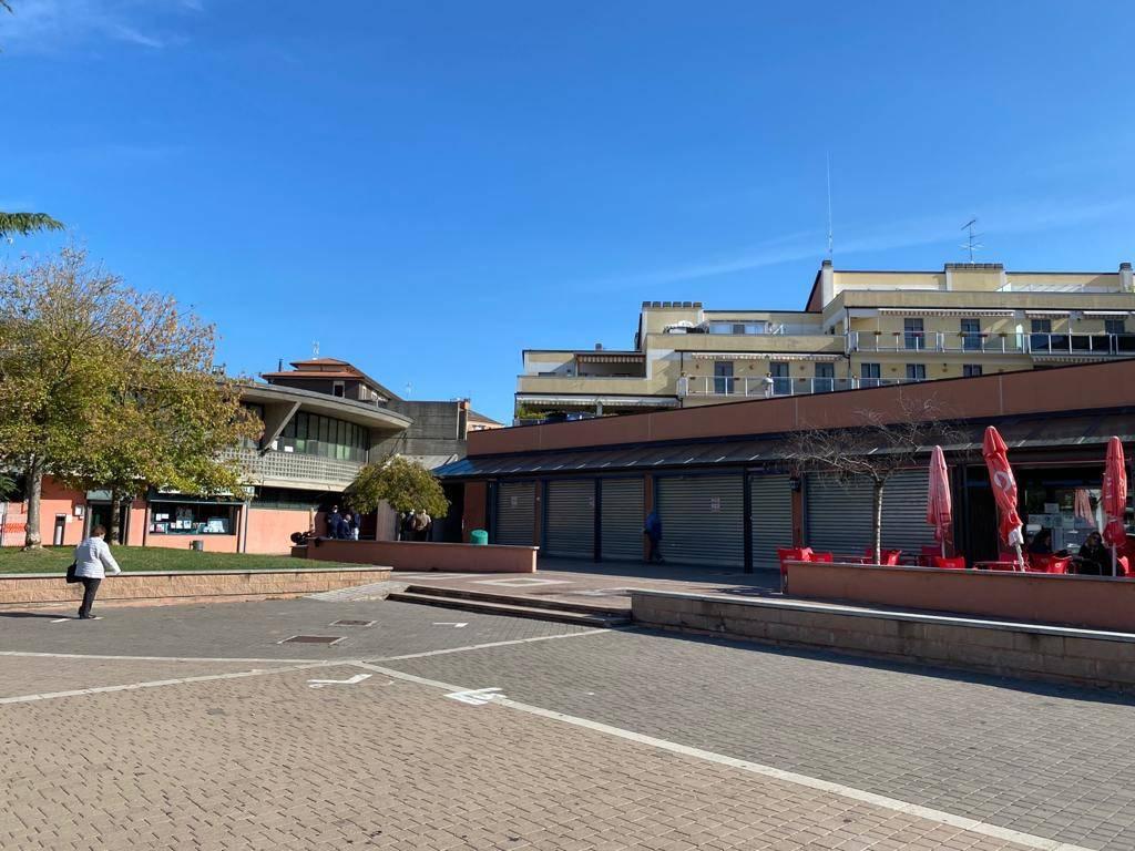 Negozio / Locale in vendita a Pieve Emanuele, 2 locali, prezzo € 945.000   PortaleAgenzieImmobiliari.it