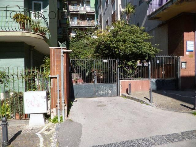 Box / Garage in affitto a Portici, 9999 locali, prezzo € 1.500 | CambioCasa.it