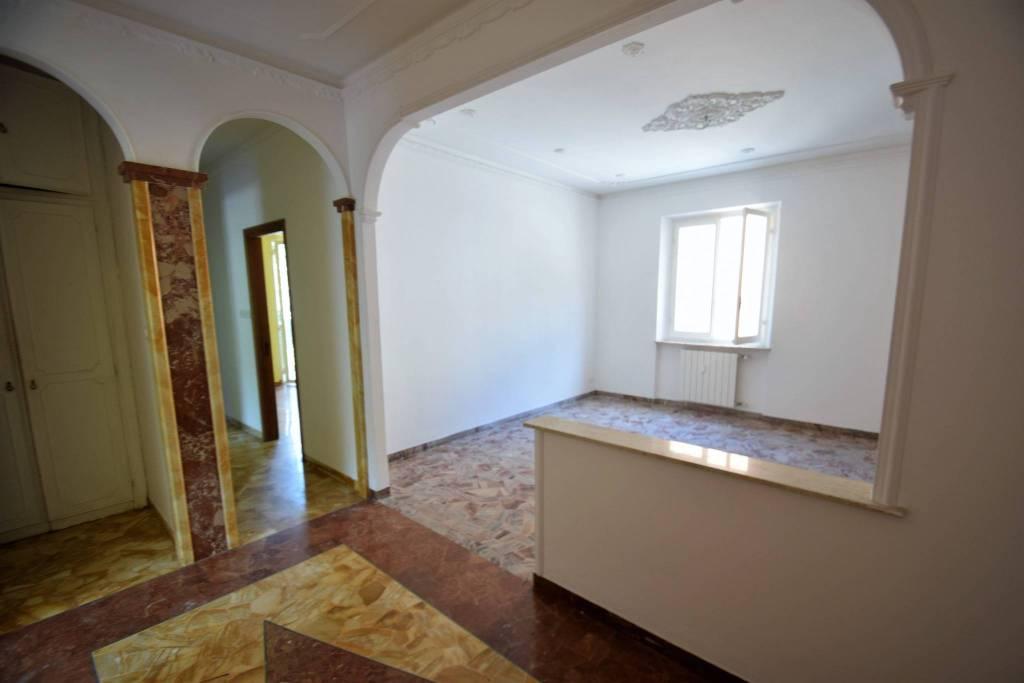 Appartamento in vendita a Mele, 5 locali, prezzo € 195.000 | PortaleAgenzieImmobiliari.it