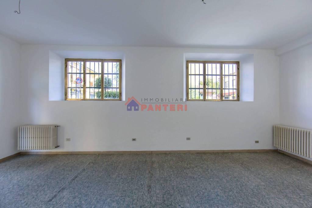 Ufficio / Studio in vendita a Pescia, 1 locali, prezzo € 32.000 | CambioCasa.it