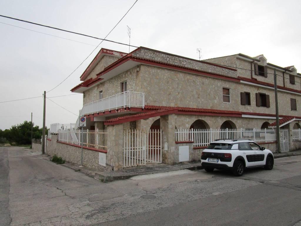 Appartamento in vendita a Statte, 7 locali, prezzo € 170.000 | PortaleAgenzieImmobiliari.it