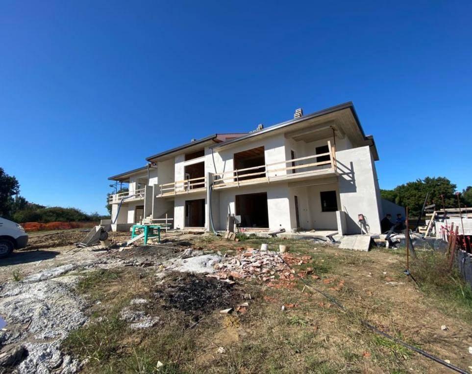 Appartamento in Vendita a Castiglione Del Lago Centro: 5 locali, 130 mq