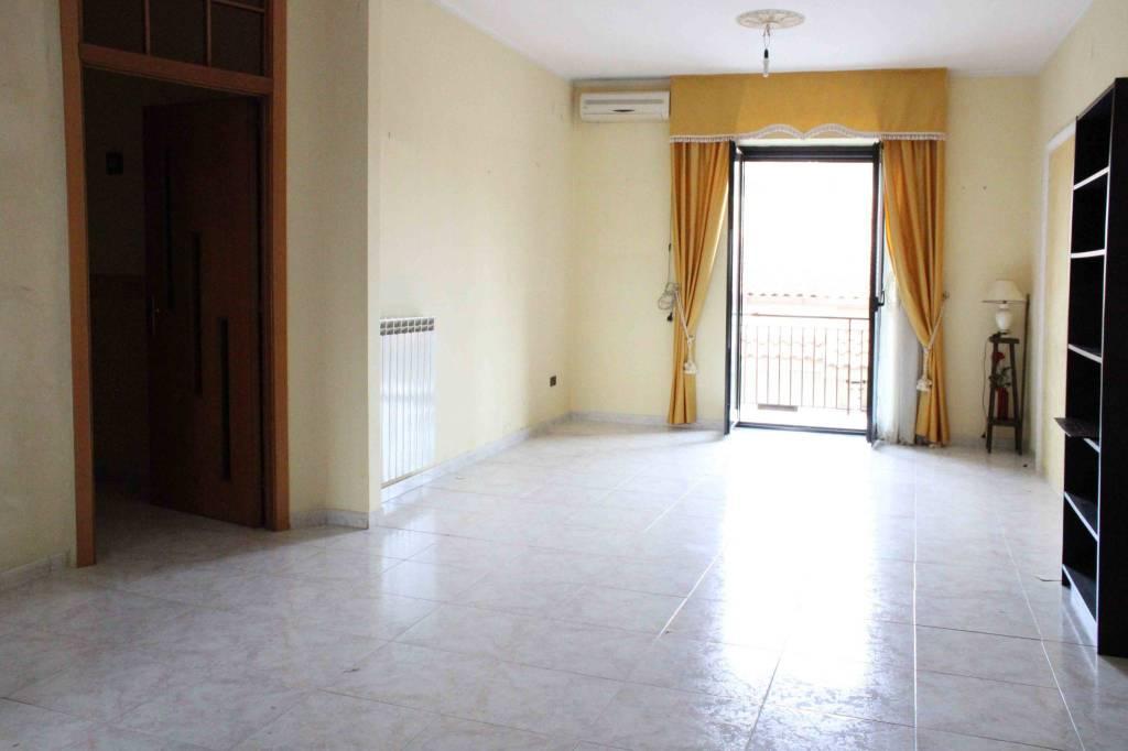 Appartamento in vendita a Carinaro, 4 locali, prezzo € 133.000 | PortaleAgenzieImmobiliari.it