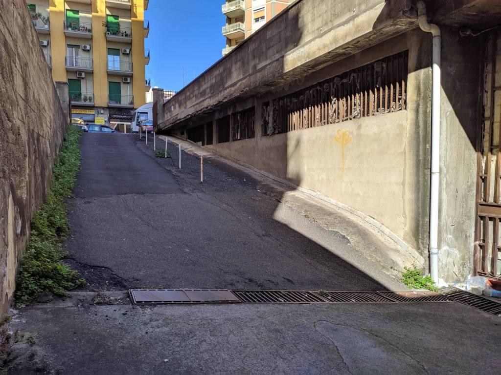 Box / Garage in vendita a Catania, 9999 locali, prezzo € 200.000 | CambioCasa.it
