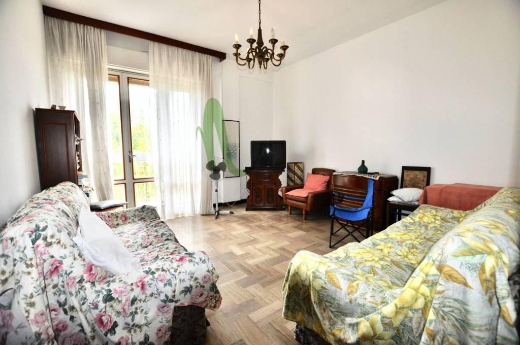 Appartamento in Vendita a Cesenatico Centro: 4 locali, 100 mq