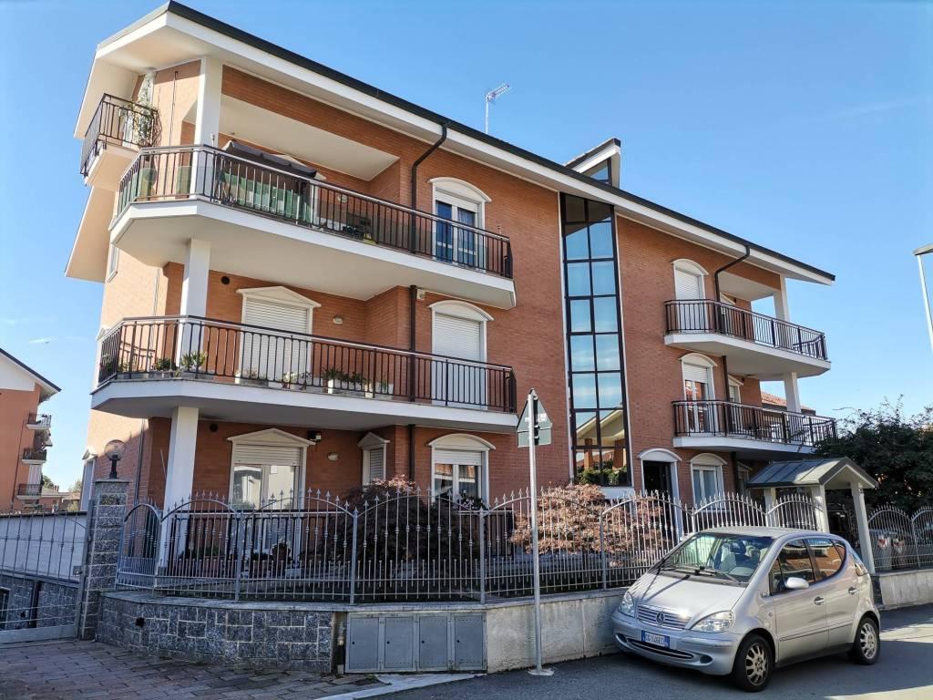 Appartamento in affitto a La Loggia, 4 locali, prezzo € 730 | PortaleAgenzieImmobiliari.it
