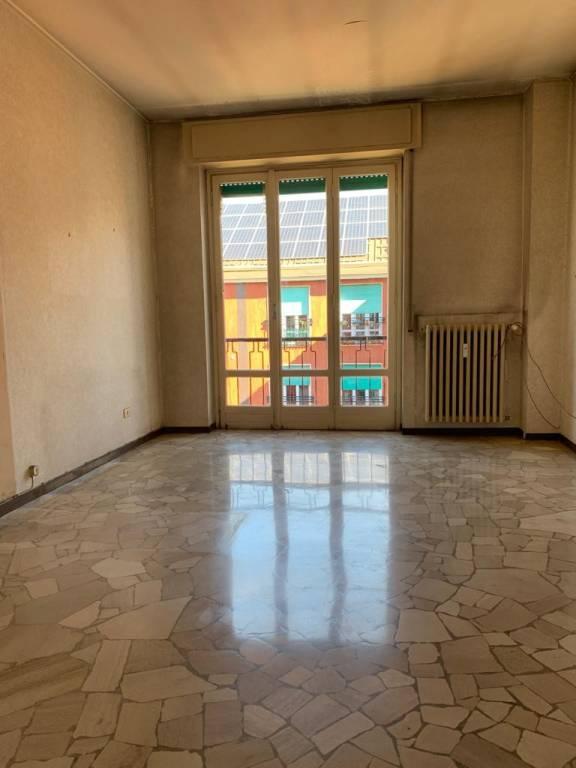 Appartamento in Vendita a Milano 30 Niguarda / Bovisasca / Testi / Bruzzano / Affori / Comasina: 2 locali, 66 mq