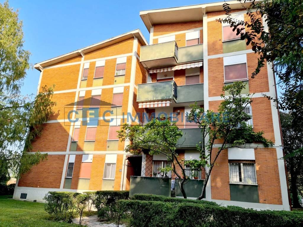 Appartamento in vendita a Rodano, 3 locali, prezzo € 135.000 | CambioCasa.it