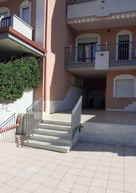 Appartamento in vendita a San Giorgio Ionico, 4 locali, prezzo € 170.000 | PortaleAgenzieImmobiliari.it