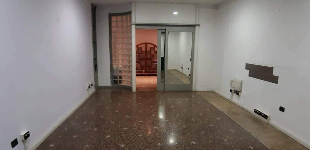 Ufficio / Studio in affitto a Acqui Terme, 2 locali, prezzo € 300 | PortaleAgenzieImmobiliari.it