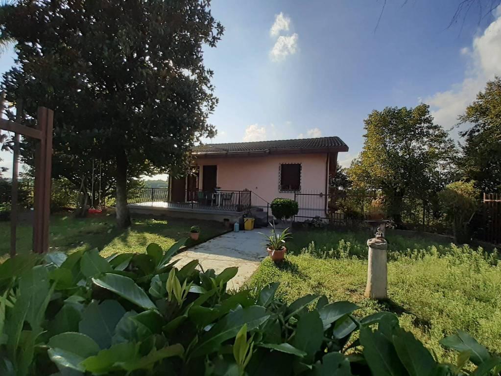 Villa in vendita a Viale, 5 locali, prezzo € 119.000 | CambioCasa.it