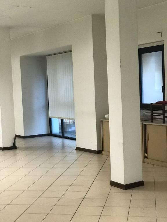 Ufficio / Studio in affitto a Savona, 1 locali, prezzo € 1.350 | PortaleAgenzieImmobiliari.it