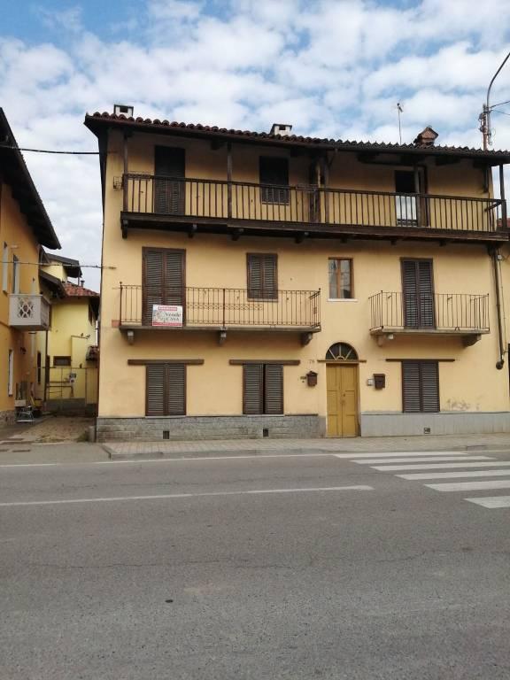Rustico / Casale in buone condizioni in vendita Rif. 8324312