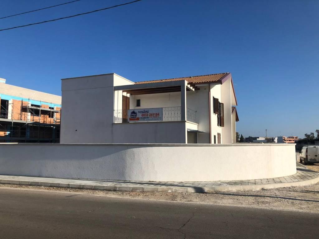 Villa in Vendita a Cavallino Centro: 5 locali, 220 mq