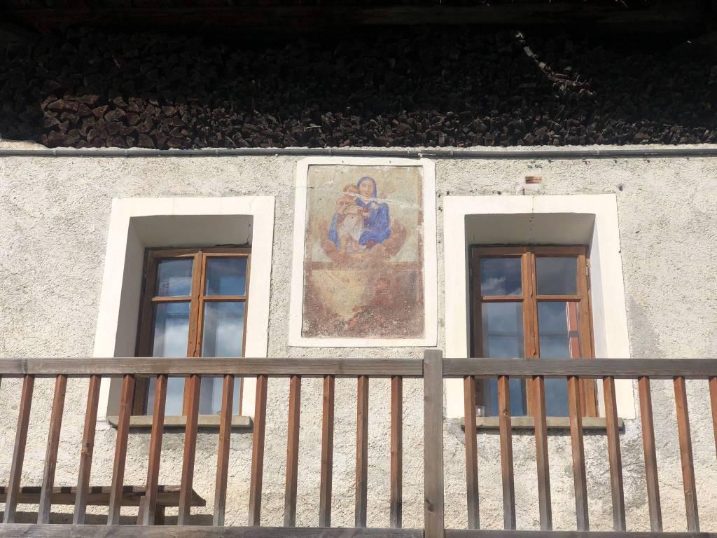 Appartamento in vendita a Brusson, 3 locali, prezzo € 250.000 | CambioCasa.it
