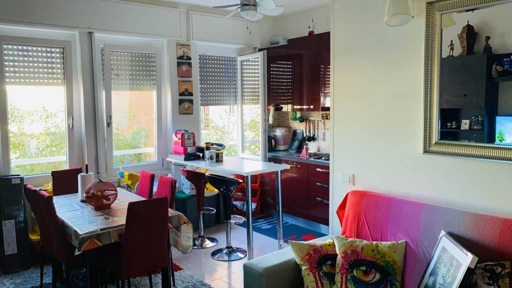 Appartamento in vendita a Baranzate, 2 locali, prezzo € 79.000 | CambioCasa.it