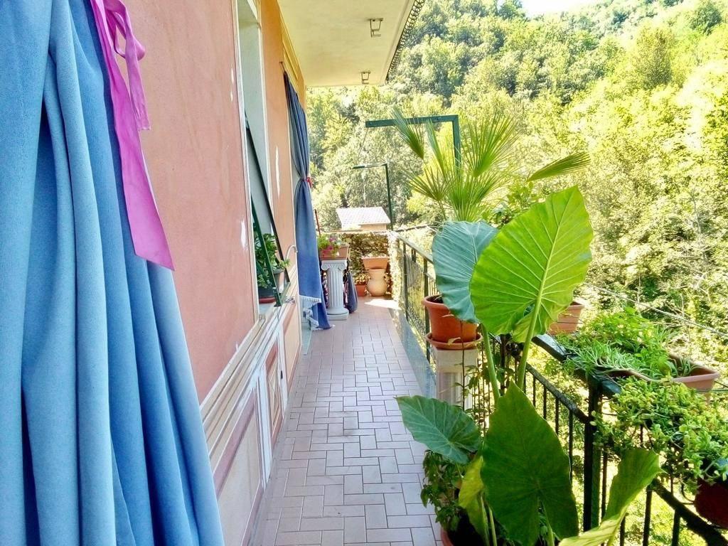 Appartamento in vendita a Neirone, 3 locali, prezzo € 85.000 | PortaleAgenzieImmobiliari.it