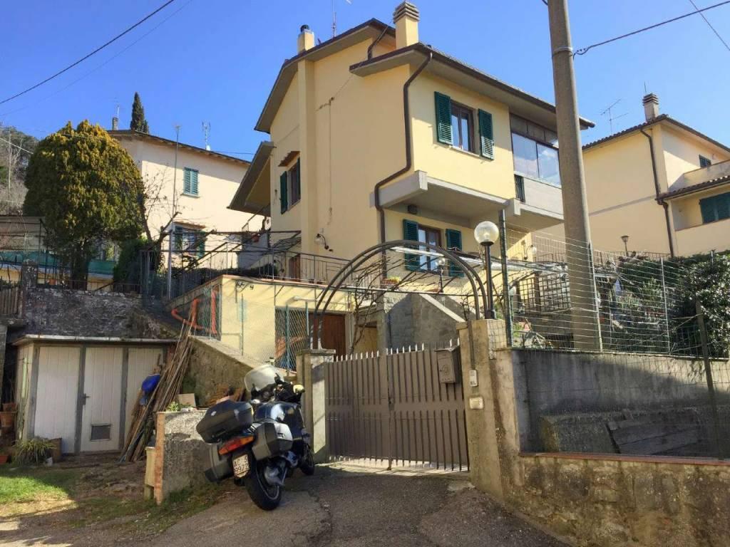 Appartamento in Vendita a Vaglia Periferia: 4 locali, 90 mq