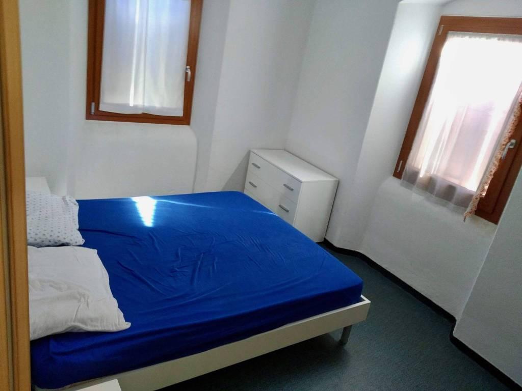 Foto palazzo/stabile in vendita a Comano Terme (Trento)