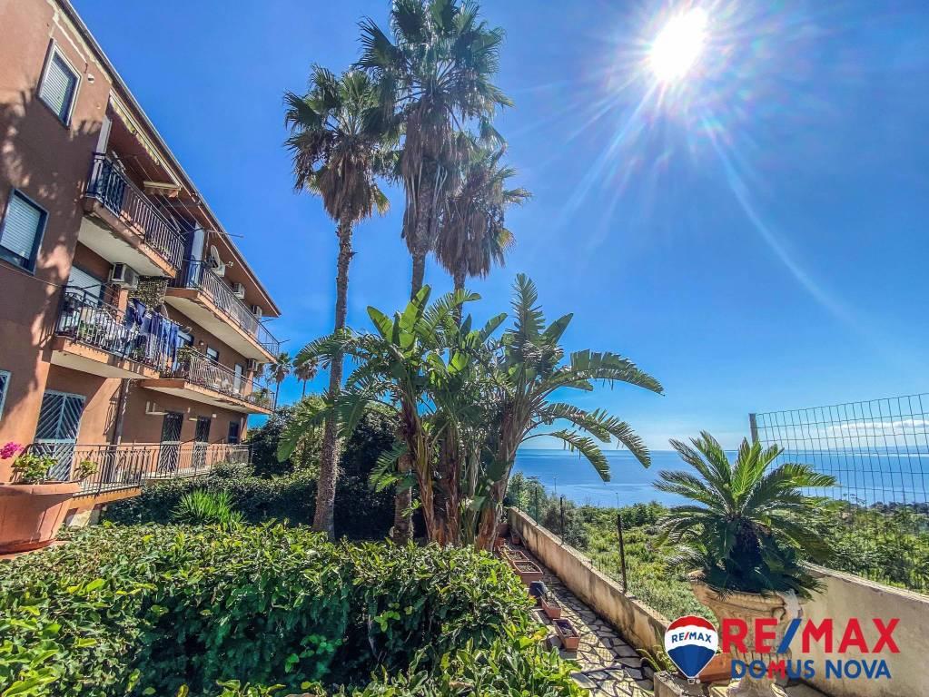 Appartamento in vendita a Aci Castello, 4 locali, prezzo € 169.000 | PortaleAgenzieImmobiliari.it