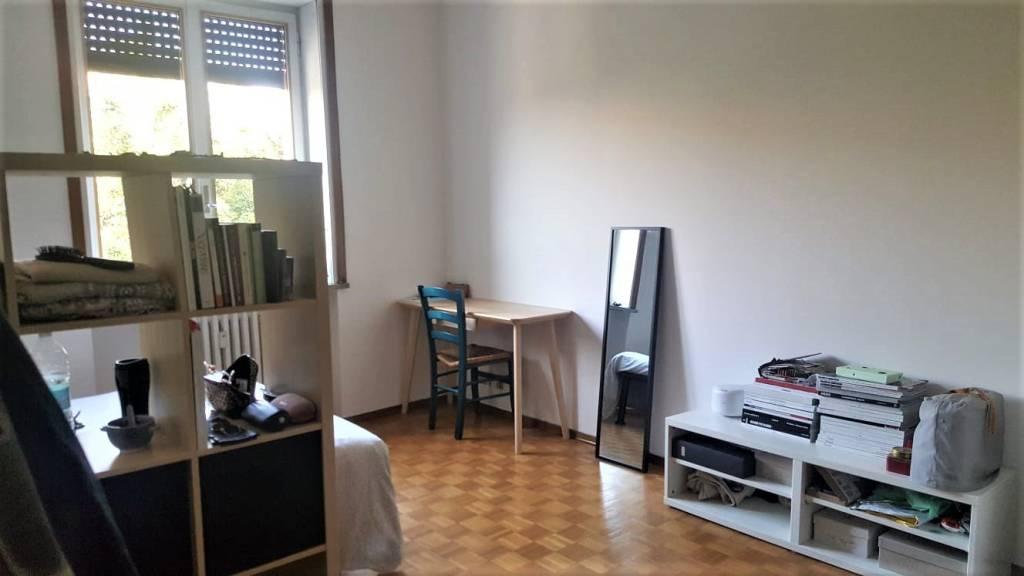Appartamento in Affitto a Milano 03 Venezia / Piave / Buenos Aires: 4 locali, 135 mq