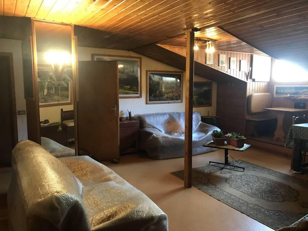 Appartamento in vendita a Valfurva, 2 locali, prezzo € 99.000 | CambioCasa.it