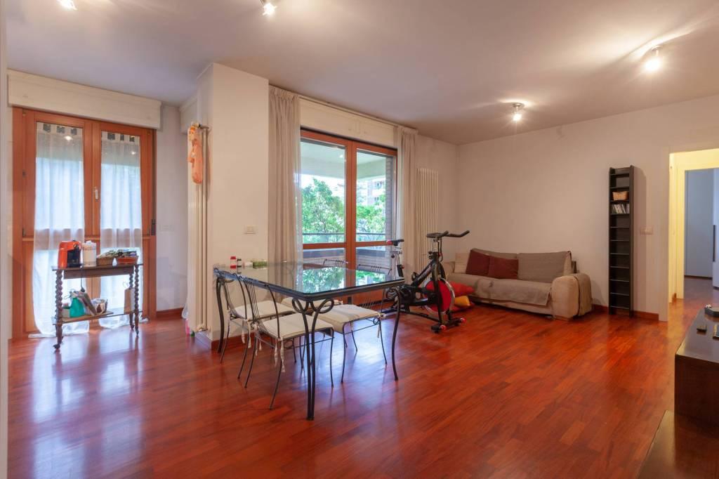 Appartamento in vendita a Casalecchio di Reno, 2 locali, prezzo € 270.000 | PortaleAgenzieImmobiliari.it